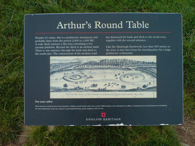 Arthur's Round Table (1)