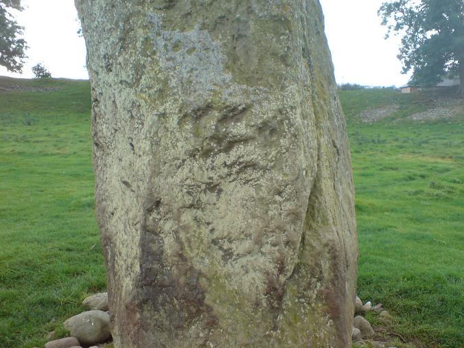 Mayburgh Henge - face in stone