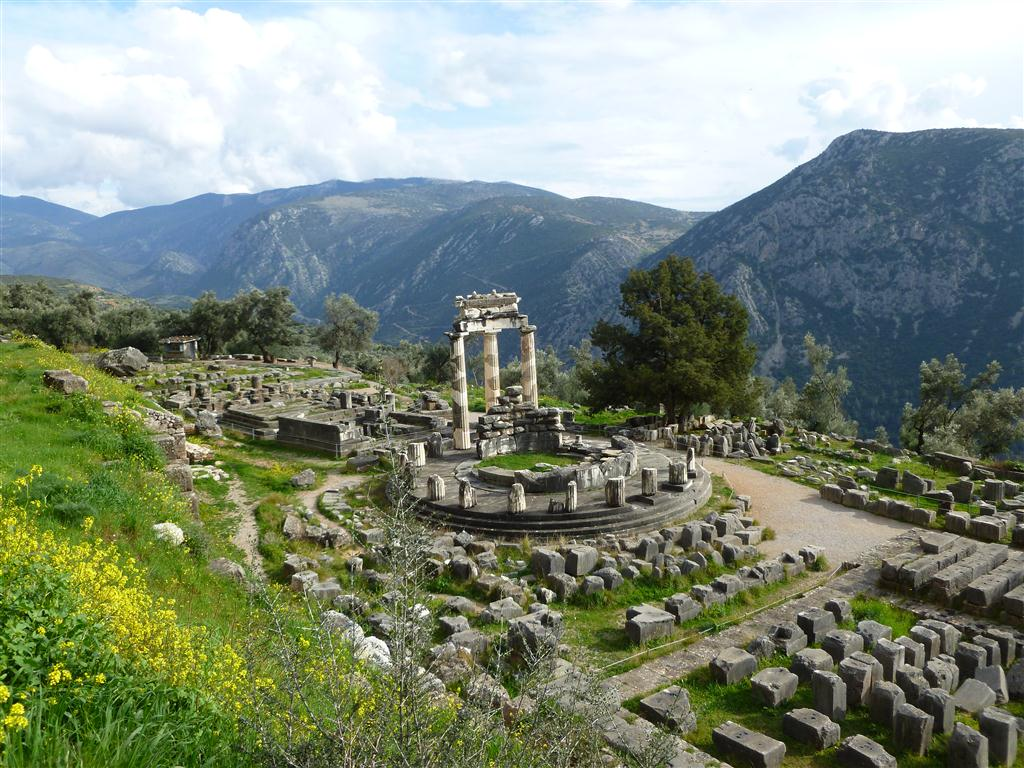 Tholos and Temple of Athena area - Delphi 2013 (5) (Medium)