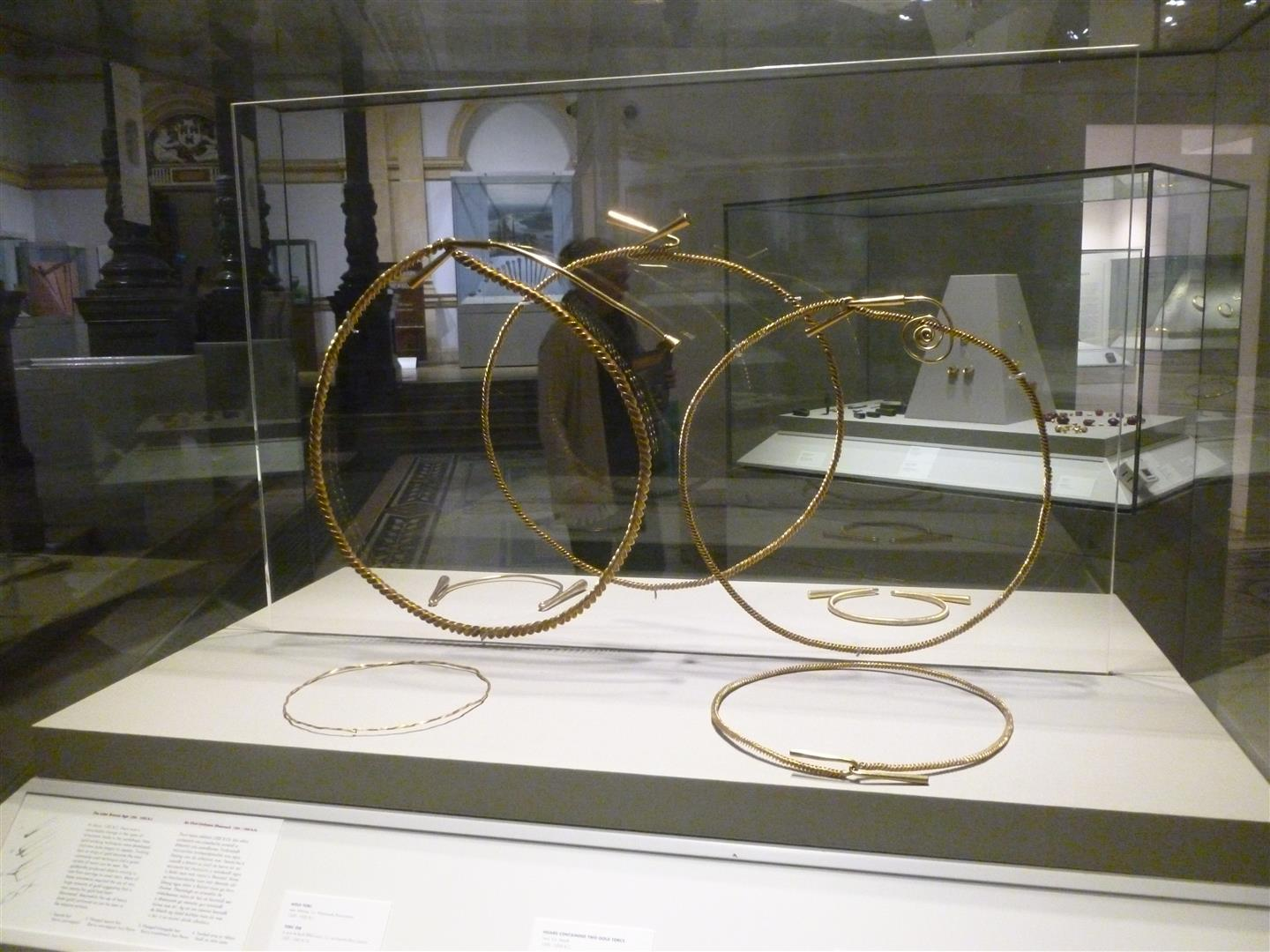 Torc of the Hawk - National Museum - Dublin - October 2013 (14) (Large)