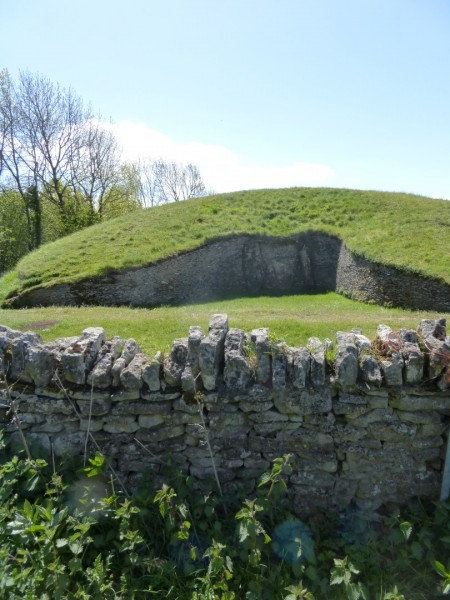 Belas Knap Long Barrow - May 15 (18)