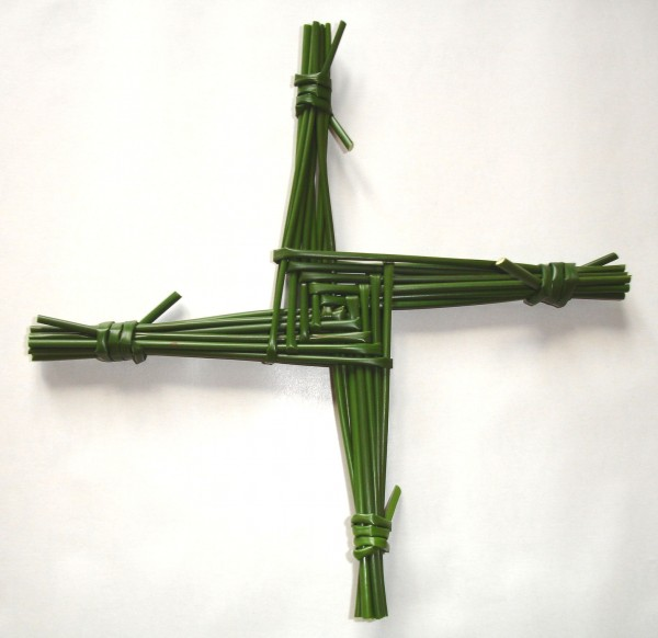 The typical Brigid cross construction